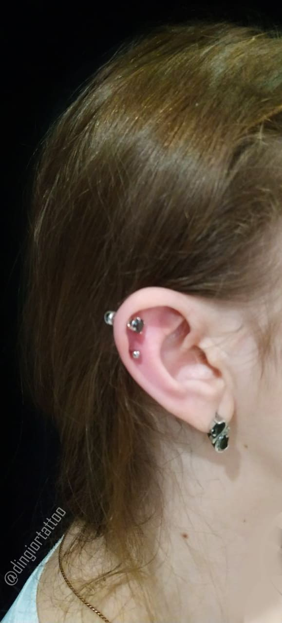 piercing coch and helix
